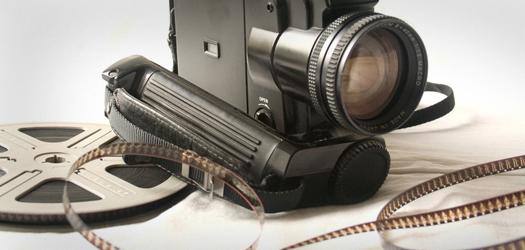 Fragmenty filmów jako teledysk zespołu